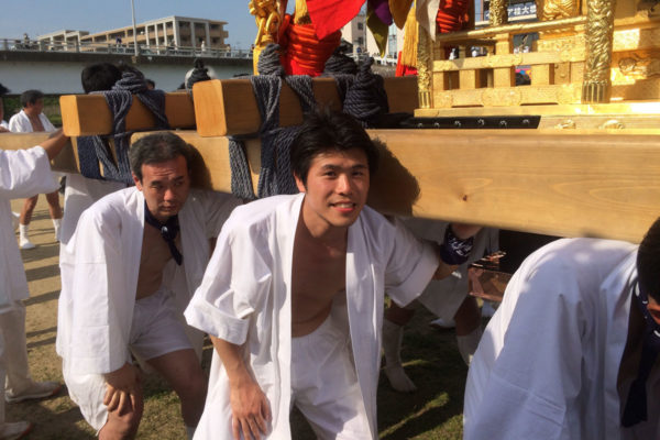 松尾大社のお神輿に参加させていただきました。